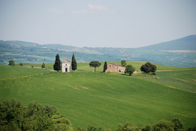 Tiny Farmhouse Tours in Italy
