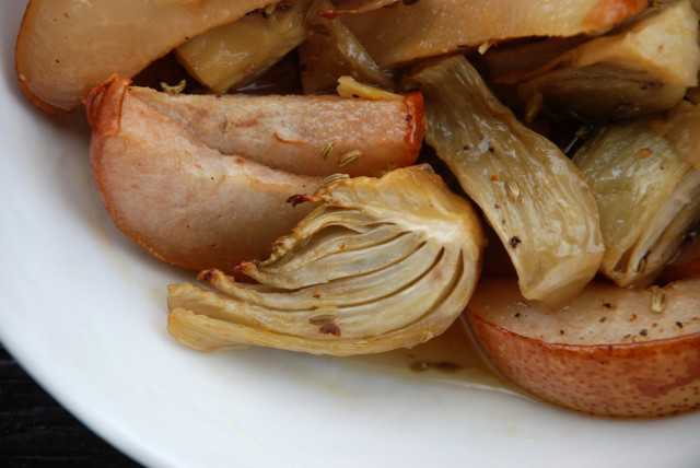 Maple-Roasted-Fennel-and-Pears-14