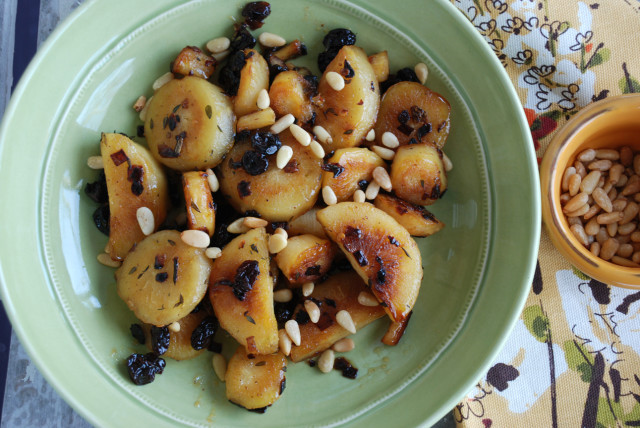 Roasted-Parsnips-with-Honey-and-Raisins-from-above-Tiny-Farmhouse