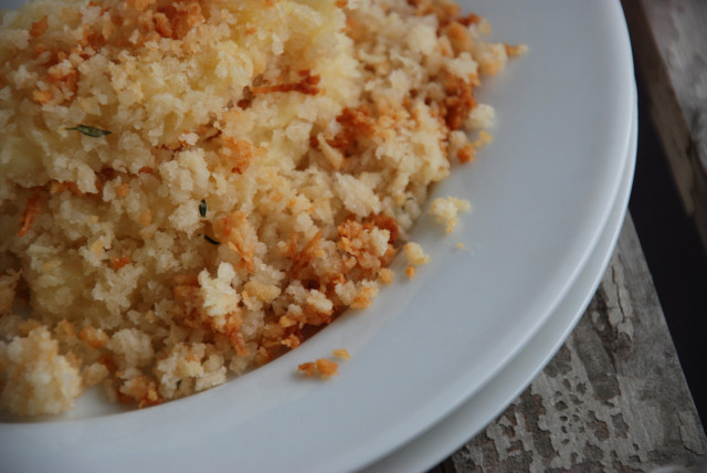 creme-fraiche-mashed-parsnips-with-panko-breadcrumbs-Tiny-Farmhouse