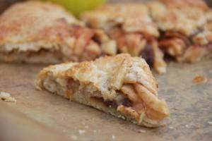 Apple-Cinnamon Crostata