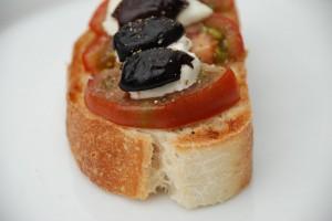 Rescued Tomato Crostini